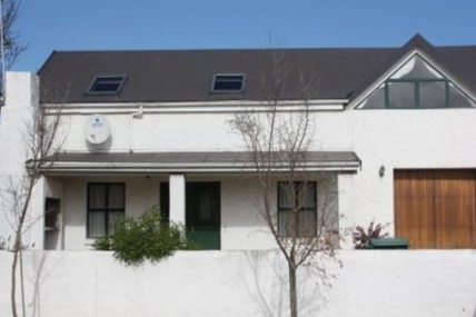 Cape Town Holiday Rentals - Lance Cottage