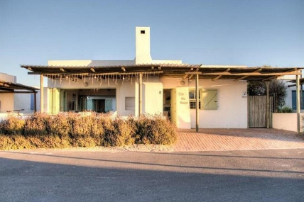 Cape Town Holiday Rentals - Over the Moon