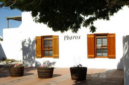 Cape Town Holiday Rentals - Pharos 1