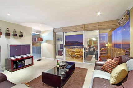 Cape Town Holiday Rentals - Bayview 37
