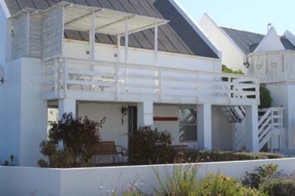 Cape Town Holiday Rentals - De Villa Sophia
