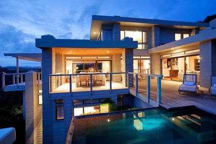 Garden Route Accommodation - Kanonkop Luxury Villa