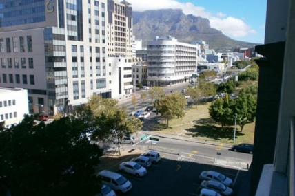 Cape Town Holiday Rentals - Dockside 501
