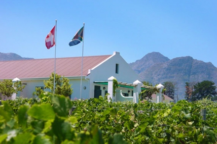 Cape Town Holiday Rentals - Eikendal Lodge