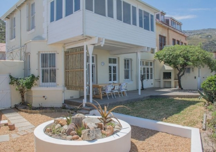 Cape Town Holiday Rental - The Bay House