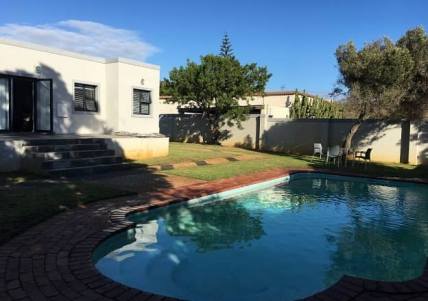 Bloubergstrand Self Catering – Vriesen View