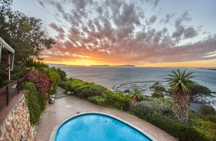 Cape Town Holiday Rental – Suikerbossie Holiday Home