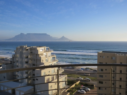 Big Bay Accommodation - Oceanview Apartment