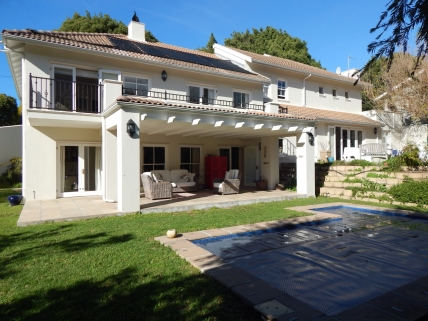 Cape Town Holiday Rental - Forest Avenue