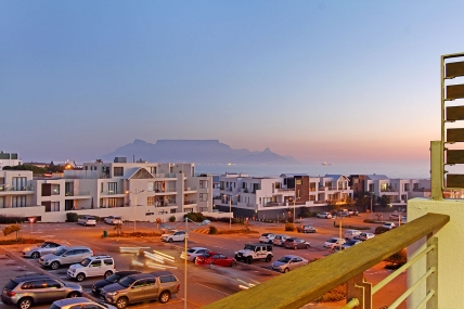 Bloubergstrand Self Catering – Eden on the Bay 202