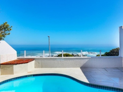 Camps Bay Self Catering – 16 on Nautica