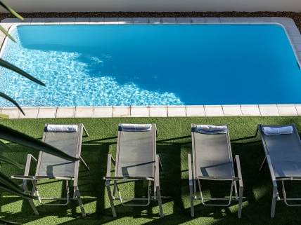 Camps Bay Self Catering – The Place Luxury Villa