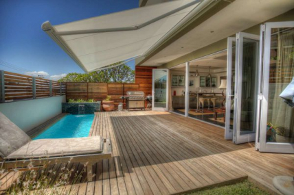 Cape Town Self Catering Accommodation - Protea Villa