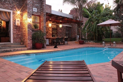 Cape Town Holiday Rental - Earthbound B&B