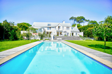 Cape Town Self Catering Accommodation - Sidmouth Villa