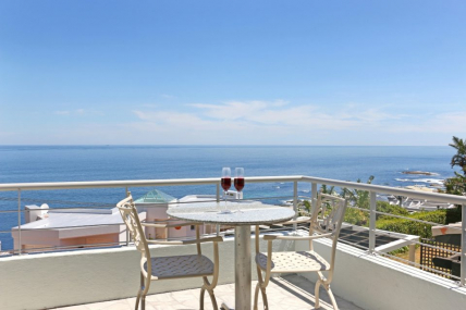 Cape Town Self Catering Accommodation - Indigo Bay - The Penguin