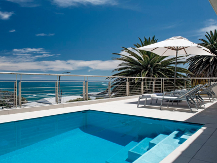 Cape Town Self Catering Accommodation - Blue Views - Terrace