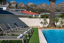 Cape Town Self Catering Accommodation - Blue Views - Place