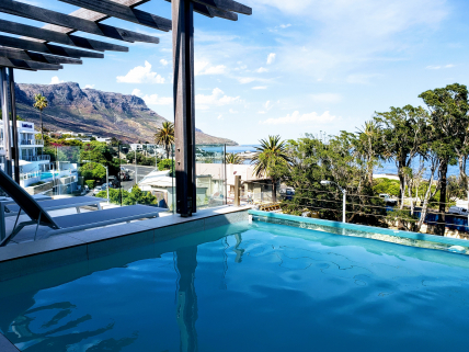 Cape Town Self Catering Accommodation - Blue Views - Penthouse 4