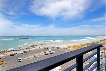 Bloubergstrand Self Catering – Sand and See 302