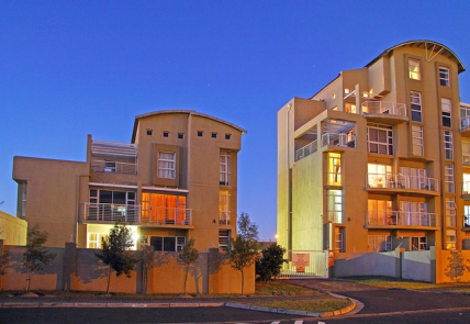 Cape Town Self Catering Accommodation - The Sands C32 by CTHA