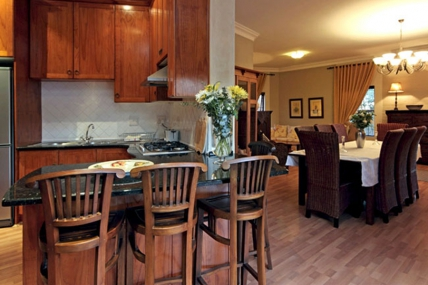 Cape Town Holiday Rental - SS - Luxury 2 Bedroom Apartment