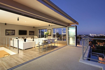 Cape Town Holiday Rentals - Residence Penthouse