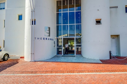 Mouille Point Accommodation – 512 The Granger