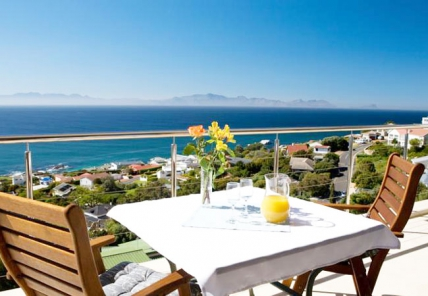 Cape Town Self Catering Accommodation - Seadevilla