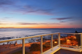 Cape Town Holiday Rentals - 259 on Beach Penthouse