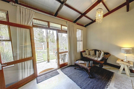 Cape Town Self Catering Accommodation - HCR - Deluxe Family Suite