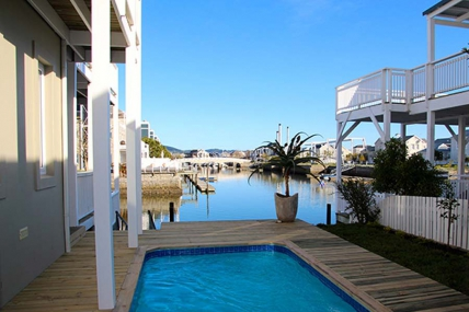 Cape Town Self Catering Accommodation - Thesen Island Villa Q9