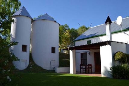 Cape Town Holiday Rentals - Cedar Cottage 2