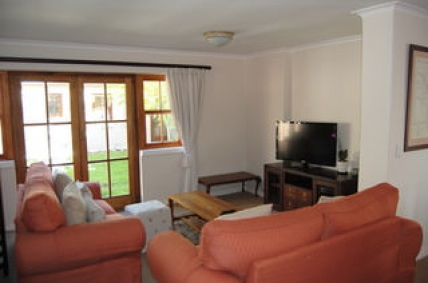Cape Town Self Catering Accommodation - SP - Courtyard Cottage