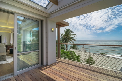 Cape Town Holiday Rentals - Bungalow 39