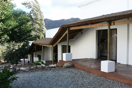 Cape Town Self Catering Accommodation - Mountain View Lodge