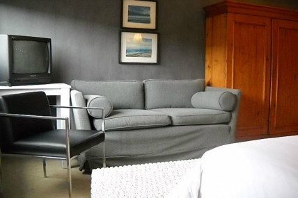 Cape Town Holiday Rentals - Green Point Studio 1