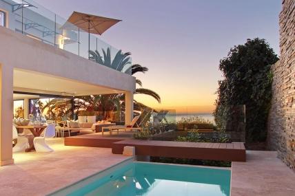 Cape Town Holiday Rentals - Villa Larimar