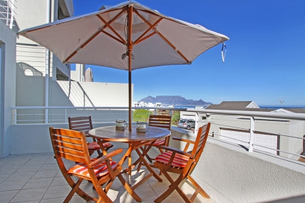 Bloubergstrand Self Catering – Grande Bay 24