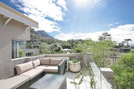 Cape Town Holiday Rentals - Pluke Residence