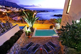 Cape Town Holiday Rental - Camps Bay Terrace Palm Suite