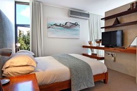 Cape Town Self Catering Accommodation - African Views Studio