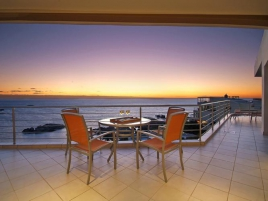 Camps Bay Self Catering – Camps Bay Terrace Penthouse