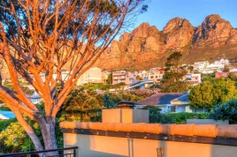 Camps Bay Self Catering – Roc Manor