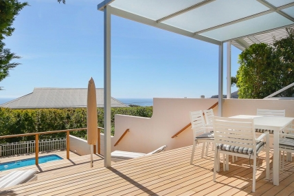 Camps Bay Self Catering - Sea Escape