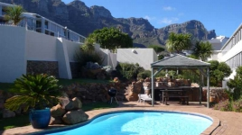 Cape Town Holiday Rentals - Studio Colorato