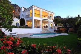Camps Bay Accommodation – Villa Blanca