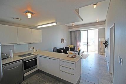 3521_1455531021-1252530843_410-HB-Lounge-Dining-Kitchen-3.jpg