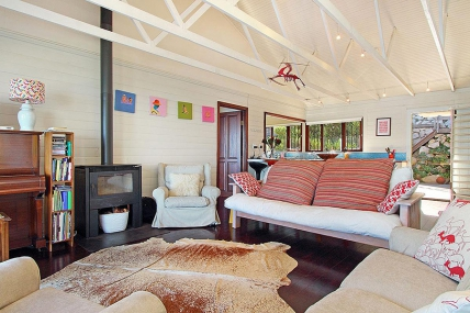 Cape Town Holiday Rentals - Misty Southern Right