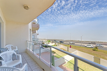 Cape Town Holiday Rental - Beach Boulevard 101